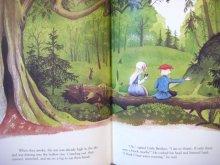 他の写真1: バーバラ・クーニー「Little Brother and Little Sister」1999年