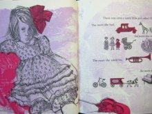 他の写真1: エバリン・ネス「The Hand-Me-Down Doll」1983年