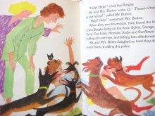 他の写真3: ロジャー・デュボアザン「Mr. and Mrs. Button's wonderful watchdogs」1978年