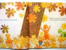 他の写真2: 【チェコの絵本】ヤン・クドゥラーチェク「Julian in the Autumn Woods」1977年