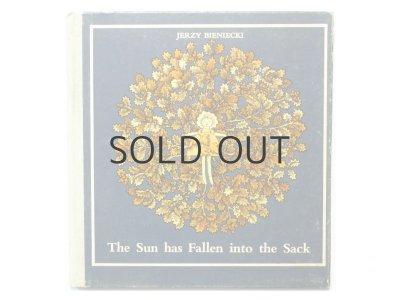 画像1: エルジビェタ・ガウダシンスカ「The Sun has Fallen into the Sack」1975年